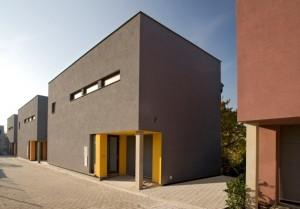 Ideální bydlení pro celou rodinu - bytový minipark Dolní Měcholupy