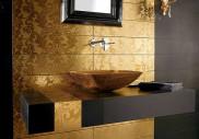 Zlatá koupelně rozhodně sluší!
