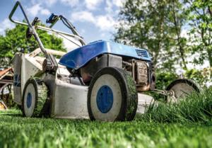 Příprava trávníku nasezonu